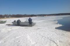 Карасёвка, спуск лодки на воду